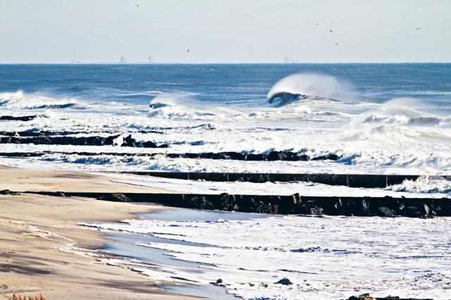 large wave. small wave. new jersey beach. best photograhy. jersey shore. nj photographer. surf