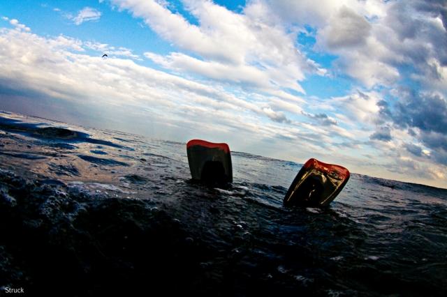 what swim fins for swimming in the ocean. peaceful ocean scene. churchhill swim fins. viper swim fins. new jersey surf photography.