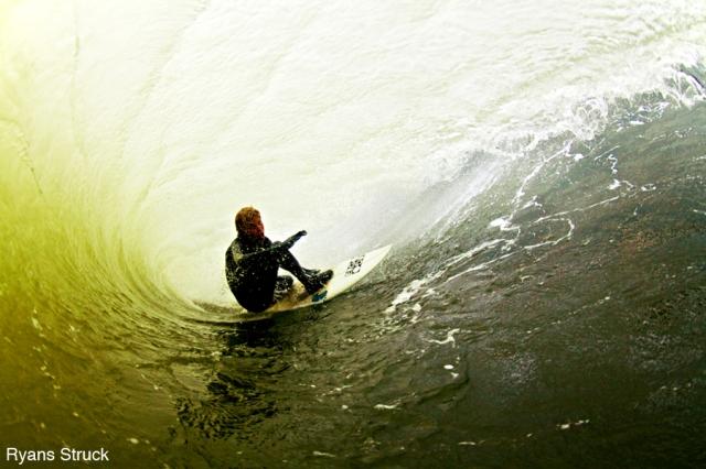 tommy tom ihnken. ergo team rider. ergophobia surf. ergo clothing. fisheye surf photography. how to shoot surf photos.