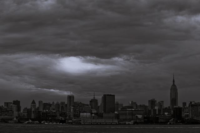 nyc hurricane irene. nyc evacuation. empire state building. hoboken. hurricane irene evacuation route.