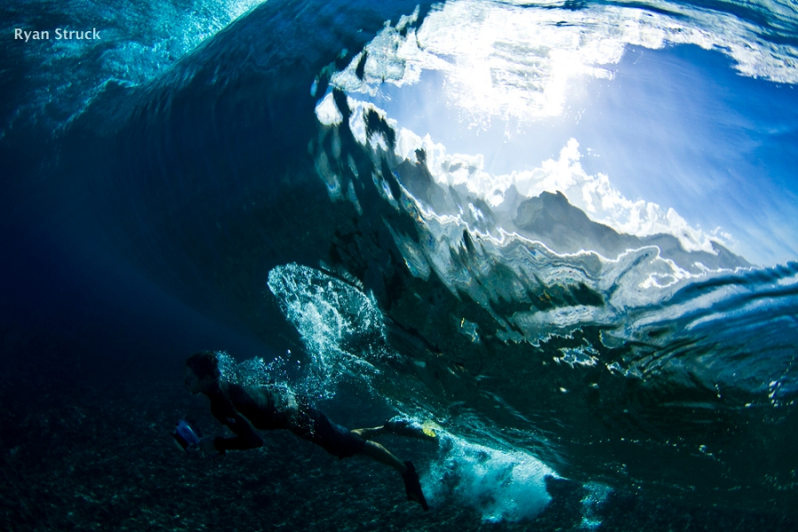 surf photographer. surf photography. underwater photo. underwater photographer.