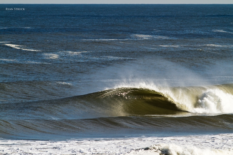 empty waves. jersey shore beach. photos for sale. prints. new jersey surfing.