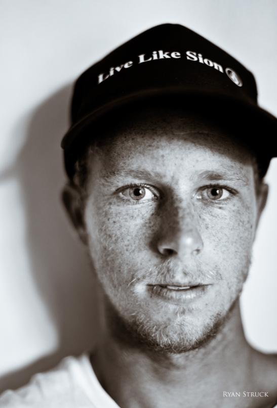 jonathan mincher. volcom. portrait. surf photographer. ryan struck. tahiti. headshot.